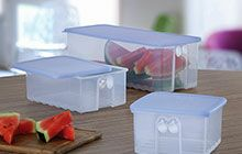Tupperware FridgeSmart container for storing cut fruits and vegetables